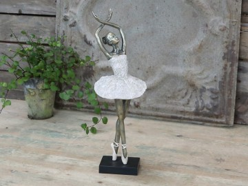 "Chic Antique ""Ballerina"" Dansende"