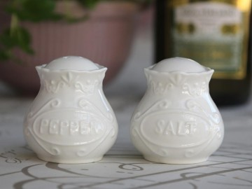 "Chic Antique "" Provence "" Salt og Pepper"